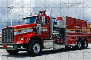 Пожарная машина «Kenworth»-пазлы онлайн